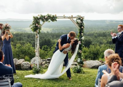 Rose_of_Sharon_Ceremony_garland