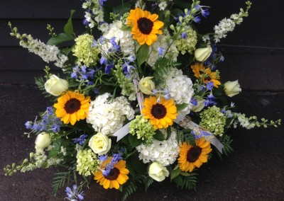 Rose_of_Sharon_Dunstable_Flowers_sunflower_sympathy_arrangement