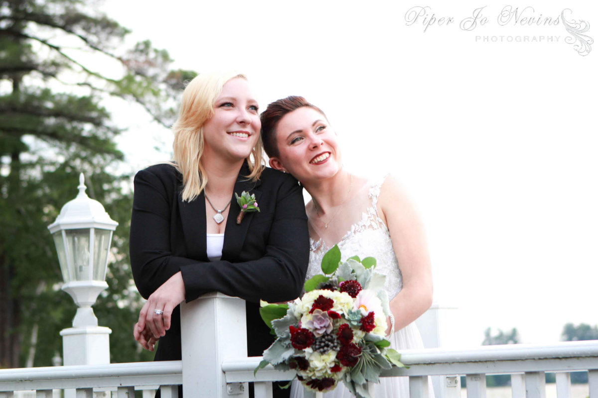 weddings-couples-flowers-dunstable-ma