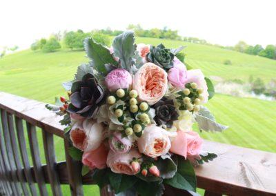 weddings-flowers-bouquets-bride-dunstable-ma