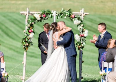 weddings-ceremony-flowers-outdoor-garland-dunstable-ma