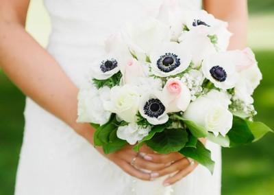 weddings-bouquets-bride-dunstable-ma